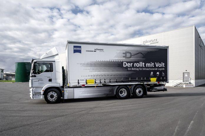 camion elettrico MAN eTGM Schwarz Logistik