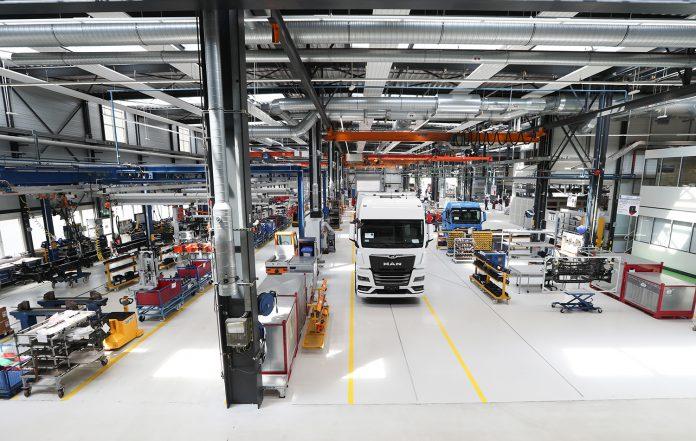 MAN-eMobility-Center_produzione